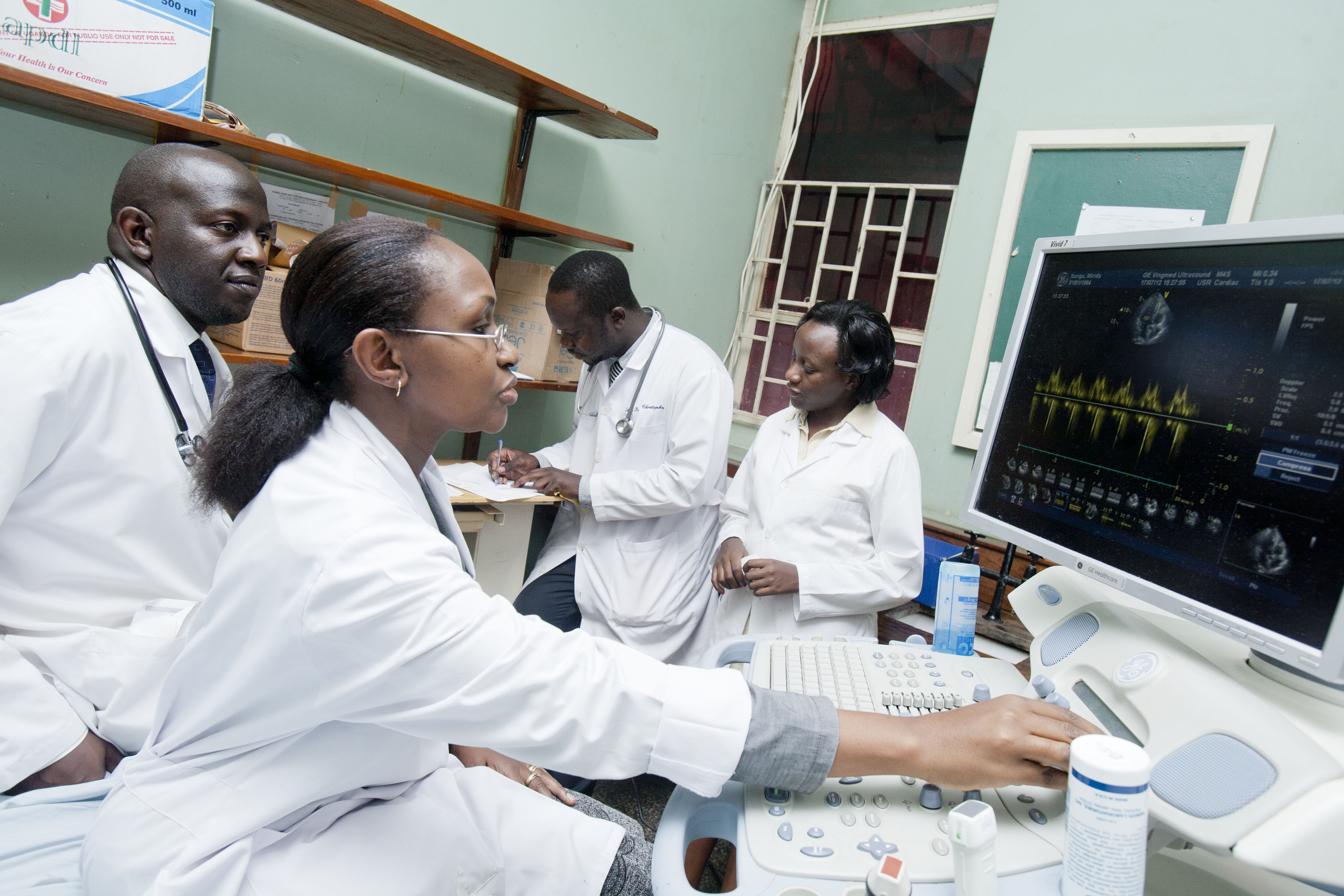 With MEPI support, Makerere University medical students learn to leverage technology to improve care and research (image: Richard Lord for Fogarty/NIH)