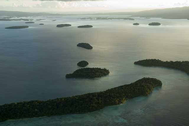 Marovo Lagoon, Solomon Islands (image: Flickr/UN Photo/Eskinder Debebe)