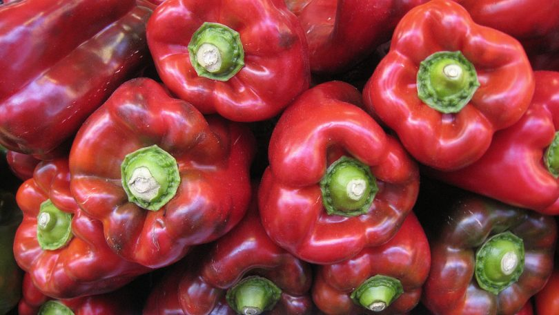 Red peppers (16:9clue/Flickr CC BY 2.0)