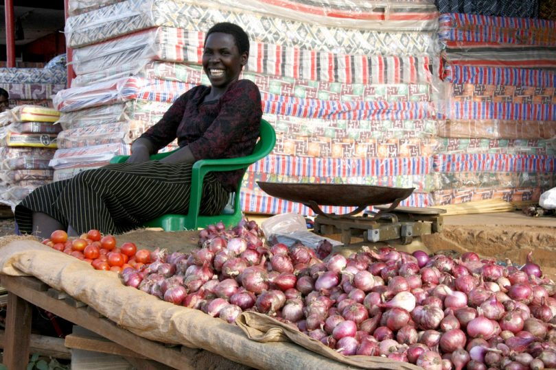 Market stall holder, northern Uganda (Flickr/Department for Intl Development/Pete Lewis CC BY 2.0)