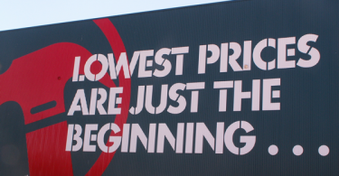 Bunnings Warehouse slogan (Scott Lewis/Flickr/CC BY 2.0)