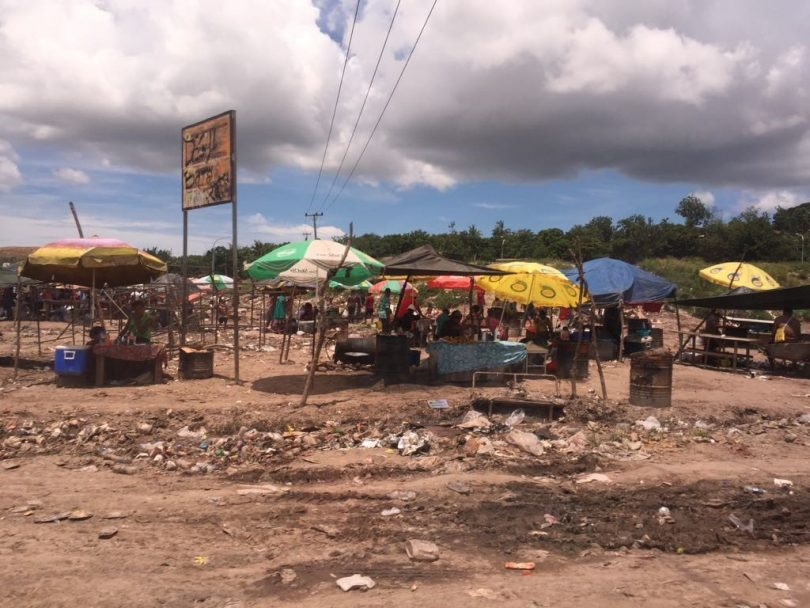 Morning market in Geruhu, Port Moresby (Credit: Dek Joe Sum)
