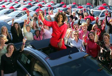 Oprah gives away free cars (Credit: motor1.com)