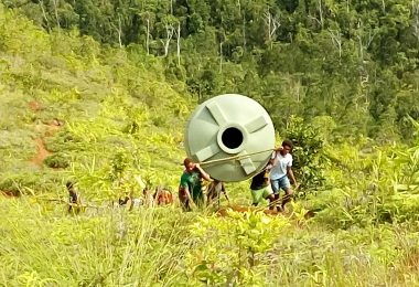 A water tank on its way up to the village (Credit: Terence Wood)