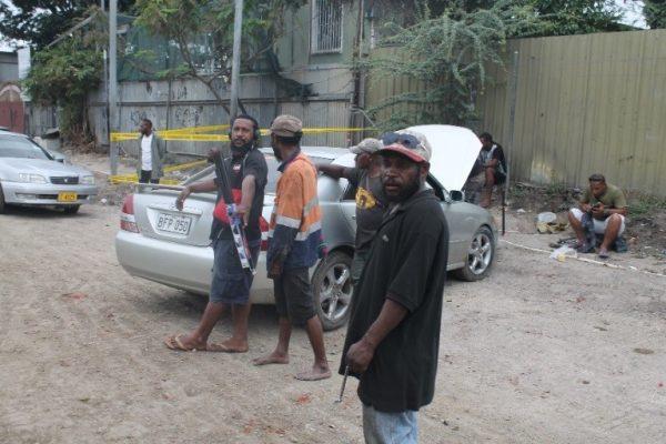 Street window tinters, Croton Street, Port Moresby PNG (Credit: Busa Jeremiah Wenogo)